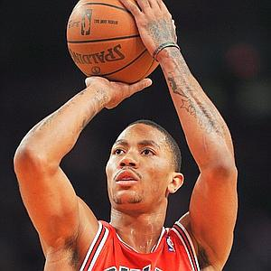 Derrick Rose looks for a breakout year. The last time he played a full season, he won the MVP averaging 25 points, 7.7 assists and 4.1 rebounds per game. Credit: pagesix.com