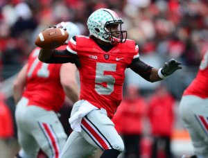 Entering his senior year, Braxton Miller threw for over 2,000 yards and 24 TDs. Credit: articles.chicagotribune.com